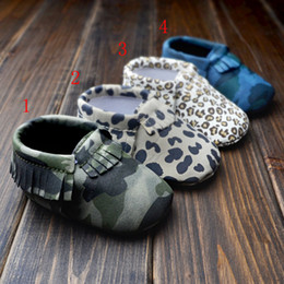 Wholesale Camo Baby Booties Wholesale - Baby First Walker moccs Baby moccasins soft sole moccs leather camo leopard prewalker booties toddlers infants Tassel leather shoes