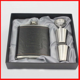Wholesale pocket funnel - 7oz Stainless Steel Liquor wine Hip Flask Flagon Black PU Leather pocket hip flask set with 1 Funnel 2 Cups Wine bottle gift box 240255