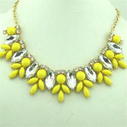 Wholesale Resin Flower Bib Necklace - Jcrew Statement pendant necklace Flower beaded bib womens jewerly free drop shipping