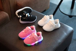 Wholesale Toddler Girls Shoes China - China wholesale new spring fashion casual running sneaker mesh toddler kids shoes light led baby girls boy Casual Shoes breathable