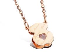 Nickel-clips online-HQ Weißgold plattiert nie verblassen kein Nickel englischer Clip Diamant herzförmiger rosa Diamant Bär Anhänger Halskette Seelenverwandter