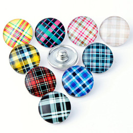 Wholesale Necklace Charm Mix - Mix colors 18mm Grid Snap button Snap button diy Jewelry making charms Fit 18-20mm Snaps Bracelets and necklace