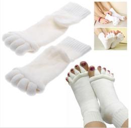 Wholesale Finger Foot - Massage Five Toe Socks Fingers Separator Comfy Toes Sleeping Socks Happy Feet Foot Alignment Socks