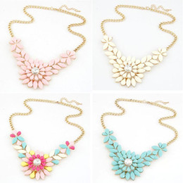 Wholesale Wholesale Costume Crystal Jewelry - Women's Multicolor Resin Flower Crystal Pendant Collar Necklace Costume Jewelry necklaces & pendants 1O4G