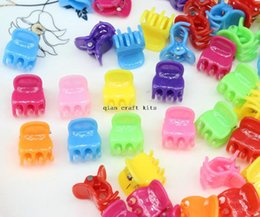 Wholesale Wholesale Plastic Barrettes - 500pcs cute Retro colorful Mini Claw Plastic Hair Clips mix color Hair Clips for kids 16mm hair pins