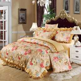 Wholesale Embroidered Satin Bedding Sets - Wholesale- Flower golden Europe jacquard satin cotton bedding sets queen king size 4pc or 6pcs bed sheets set