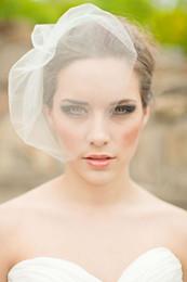 Rosto cobrir casamento véus on-line-Pinterest Popular Véus Curtos Formal cobrindo Rosto Mini Veils Barato Nupcial Do Casamento Do Laço Do Véu Frete Grátis 2015 Novo Design
