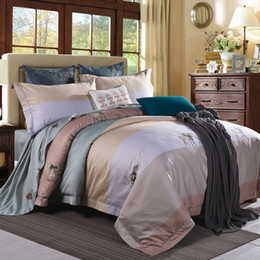 Wholesale Light Pink Comforter Set Queen - Luxury Egyptian cotton bedding set blue red yellow gold satin duvet cover sets oriental vintage style bed linen bedclothes