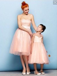 Wholesale kids pageant dresses size 14 - Light Coral Short Evening Dresses Strapless Lace Organza Mother And Kids Formal Pageant Gowns Custom Made 2016 Party Gowns