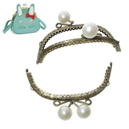 Wholesale Half Round Purse Frame - Metal Frame Kiss Clasp Half Round For Purse Bag Antique Bronze Acrylic Pearls(Open Size:16x12.8cm)12.8x8.5cm,2 PCs 2015 new