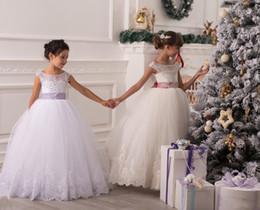2019 свадебное платье из бисера 2015 тюль цветок девушка платья Sheer бисером аппликации пушистые рождественские бальные платья для свадьбы замочную скважину кружева Up Луки прекрасный заказ платье дешево свадебное платье из бисера