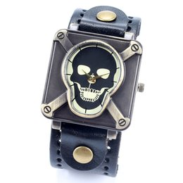 Wholesale Christmas Mail - skull wrist watch for men women ladies china post air mail
