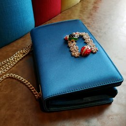 Wholesale Evenings Bags - Luxurious Candy Color Velvet Women Evening Bags Rhinestones Peacock Metal Evening Bags Day Clutches Purse For Wedding Party Bag