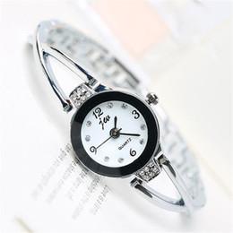 Wholesale mens designer jewelry brands - New Diamond Designer Watches Luxury Quartz Watch High-Quality Wristwatch Simple Fashion Small Brand Mens Watches For Women Reloj