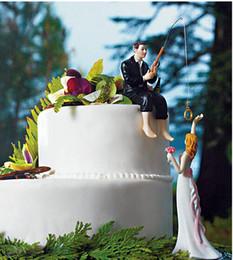 Favori figurine online-Decorazione di cerimonia nuziale Toppers torta dimettersi Figurine Lo sposo nuziale pesca dimissioni mestiere souvenir nuovo matrimonio favori vendita calda regalo di nozze
