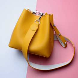 Wholesale Discount Fashion Handbag - Discount-Women Designer Handbags New Water Bucket Fashion Shoulder Bag Casual Bag Ladies Portable Messenger Bags Handbag Tote Bags L7030