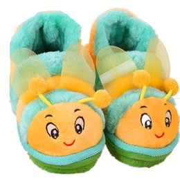 Wholesale Little Girls Summer Bags - Wholesale-Autumn And Winter Cute Little Bee Bag With Boys And Girls Shoes Warm Shoes Home TWS3015