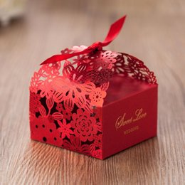 Wholesale Red Laser Cut Paper - Creative 2015 New Spring Gift Favours Continental Red Laser Cut Hollow Flora Wedding Favor Boxes High-Grade Paper Favor Boxes With Bow