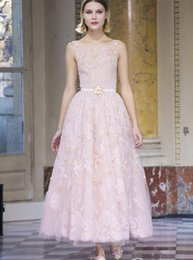 Wholesale Sweet Pink Chiffon Lace Jewel - Sweet 2016 Prom Dresses Lace Applique Beading Formal Long Bridesmaid Dress Party Ball Gowns With A Line Jewel Neck Zip Back