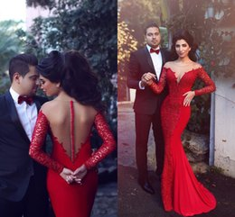Wholesale mermaid chiffon - 2017 Arabic Red Long Sleeves Lace Chiffon Mermaid Prom Dresses New Elegant Crew Neck Appliques Celebrity Dresses Evening Party Gowns BA1771