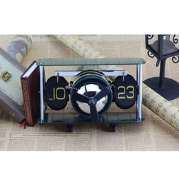 Wholesale Metal Gear Model - Hot Sale Airplane Model Table Desktop Clock Hand-made Aircraft Shape Flip Clock Special Creativity Gift Retro Gear Operated