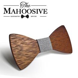 2019 großhandel gestreifte krawatten für männer Großhandel-Mahoosive Brand Herren Holz Bowtie Bowknot Zubehör Business Krawatten Holz Fliege Krawatte