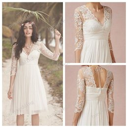 Wholesale Cheap Lace Dress Knee Long - 2015 White Lace Wedding Dresses 3 4 Long Sleeves Scalloped V-Neck Chiffon Short Knee Length Outdoor Garden Beach Wedding Dress Gowns Cheap