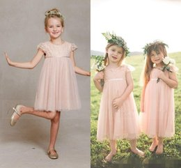 manches habillage enfants tulle Promotion Beautiful 2017 Robes courtes Tulle Pink Lace Flower Girl Robes pour les mariages Kids Girls Sleeves Robe Longueur de thé Garden Communion Gowns