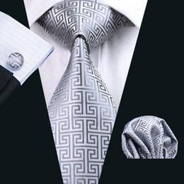 Seidengrau online-Mens Grey Silk Tie Hankerchief Manschettenknöpfe Set Jacquard Woven Herren Krawatte Set Business Work Formal Meeting Hochzeit Freizeit N-0484