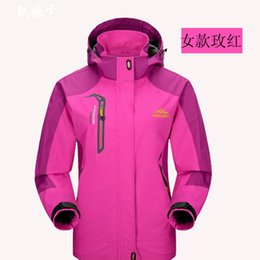 Wholesale warm waterproof jacket women - 2016 Couple Softshell Snowboard Jacket Winter Men Woman Outdoors Sport Hiking Jacket Waterproof Windproof Warm Casual Jacket Coats Plus Size