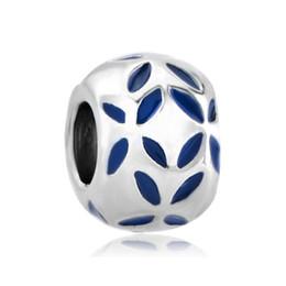 Materiale di lega all'ingrosso con placcatura in rodio blu smalto fiore europeo perline Charm per bracciale Pandora Charm da materiali del braccialetto all'ingrosso fornitori