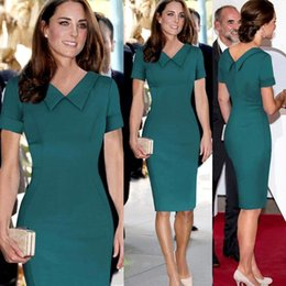 New Kate Middleton Street Style 2015 Summer Cute Doll Collar Maniche corte Glamorous Knee Lunghezza Abiti in puro colore a matita da