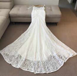 2019 costura de espaguete Rendas do vintage sereia vestidos de casamento com cintas de espaguete de bolso sexy V pescoço Sweep trem plus size boho país sem encosto vestidos de noiva costura de espaguete barato
