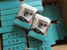 2015 NUEVO cargador del coche del bluetooth BT cargador de coche BC06 MP3 reproductor de mp3 Mini doble puerto AUX FM transmisor 1piece envío libre desde fabricantes