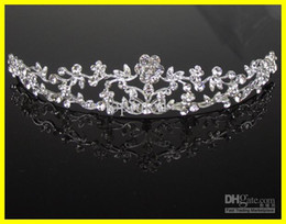 Wholesale Dazzling Crown Princess Tiara - 2015 Dazzling Crown Homecoming Party Prom Wedding Bridal Accessories Hot Sale Girls Pageant Headband Hair Flower Princess Tiaras