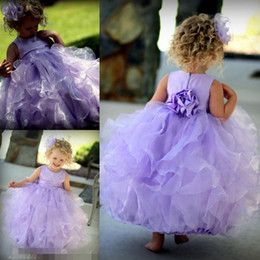 Wholesale Tiered Flowergirl Dress - Light Purple 2017 Princess Flower Girls' Dresses for Beach Wedding Party with Jewel Neck Ruffled Stain Organza Flowergirl Kids Girl Gowns
