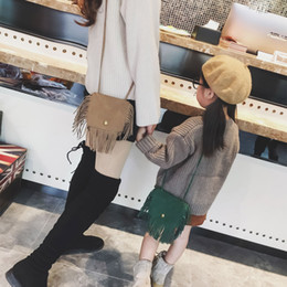 Wholesale Little Girl Fashion Accessories Wholesale - Fashion New Tassel Girls Messenger Coin Purse Bags Family Woman Girl Accessories Handbags Velvet Shoulder Bag Little Plain Bags A8037
