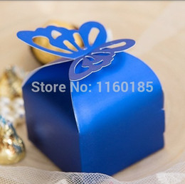 Wholesale Wedding Cake Favour Boxes - Free Shipping 100Pcs Navy Blue Butterfly Candy Box Baby Shower Favor Box Favour Box Gift paper Cake Box for Wedding Party supply