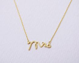 Wholesale Letter Initials Word Pendant - 30PCS- N111 Gold Silver Simple Dainty Mrs Necklace Small Stamped Word Initial Necklace Simple Love Alphabet Letter Necklaces