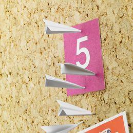2019 pastas de fotos em papel 20 pçs / lote pranchetas de Avião bordo observação design pregos de parede de cortiça foto parede unhas criativo estacionária quadro de enchimento de ligação