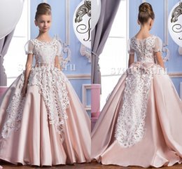 Wholesale Satin Bow Wedding Dress - 2016 Lace Short Sleeves Satin Luxurious Arabic Flower Girl Dresses Vintage Child Pageant Dresses Beautiful Flower Girl Wedding Dresses F29