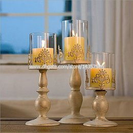 Argentina 10 pulgadas pequeño hierro de la vendimia titular de la vela Latern w / Glass Shade Europa Negro Blanco Centros de mesa tallado patrón de flores Suministro