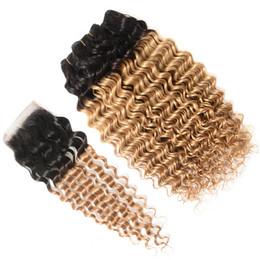 Tejido de fresa online-Dos tonos 1B / 27 Honey Blonde Ombre Hair Bundles con cierre Deep Wave Curly Strawberry Blonde Ombre cabello humano Teje con cierre superior
