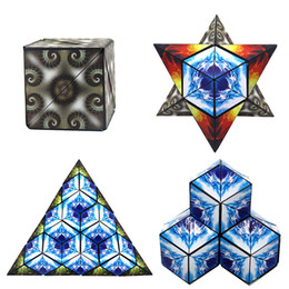 Wholesale Magic Novelties - Euclidean Cube 4IN1 Geometric Magic Transforming Cubes Puzzle Puzzle Infinity Fidget Euclid Cube Euclidean Cubes Anti Stress Novelty Toys