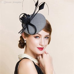 Wholesale Top Hat Cocktail - Wholesale-Black And White England Style Fascinator Hair Pillbox Hat Bowknot Feather Veil Cocktail Party Wedding Socialite Linen hat