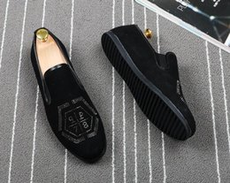 Wholesale skeleton dresses - Luxury Men British Unique skeleton Pointy leather show shoes Wedding Flats Male Dress Homecoming Prom Formal shoes