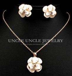 Wholesale Crafts Anniversary - Brand Design!! Rose Gold Plated Enamel Craft White Lovely Flower Style Lady Jewelry Set Necklace Earrings Wholesale