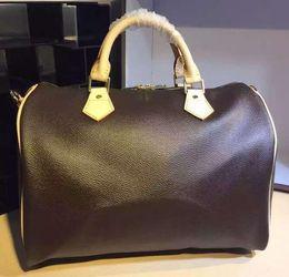 2019 canaux sacs épaule Haute qualité oxyder la peau de vache rapide 30 35cm Hot Sell Fashion sac femmes sac Sacs à bandoulière Lady Totes sacs à main sacs