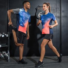 2019 roupas de badminton Mulheres homens tênis badminton roupas sportswear definir camisas de badminton + calções jersey tênis respirável quick dry sport sets desconto roupas de badminton