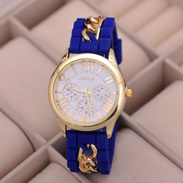 Wholesale Designer Watches For Women Wholesale - Fashion Silicone Geneva Gold Chain Watch Designer Style Roman Numerals Quartz Watches for Women mens sport watches casual wristwatch 10pcs